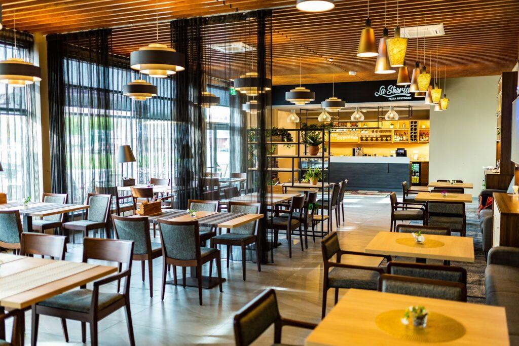 Itaaliapärane-Restoran-La-Storia